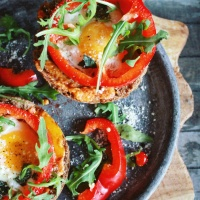 Lunchtip: Paprika met ei en paprika pesto