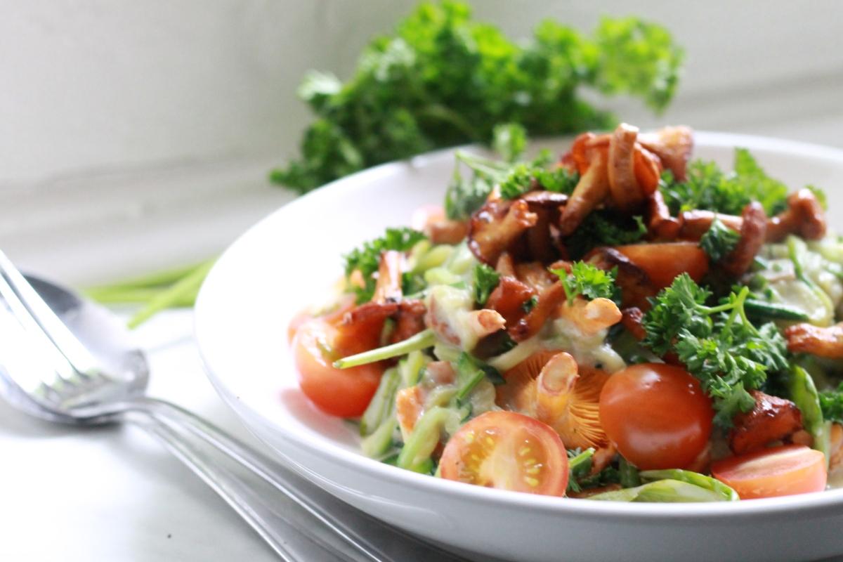 Recept: Vegetarische courgetti met maar 5 ingrediënten