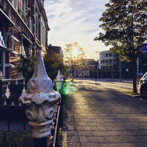 De eerste zonnestralen in Almelo